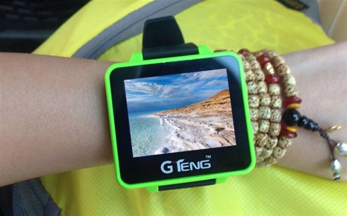 GTeng T909 5.8G FPV Watch 意外と便利な腕時計モニター